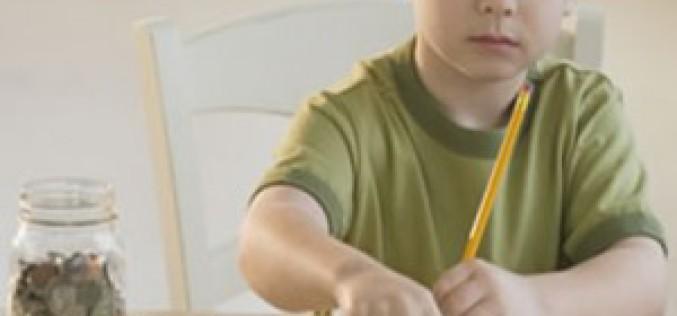 Струва ли си да се ангажираме с финансовото образование на децата